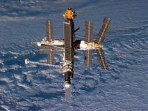 """Орбитальная станция """"Мир"""""""