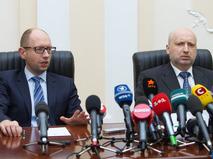 Премьер-министр Украины Арсений Яценюк и спикер Верховной Рады Александр Турчинов