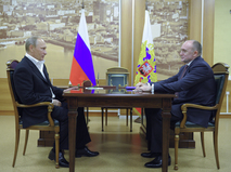 Президент РФ Владимир Путин и исполняющий обязанности губернатора Челябинской области Борис Дубровский