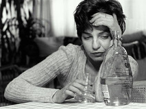 Когда женщина пьёт