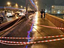 Оцепление на месте убийства политика Бориса Немцова