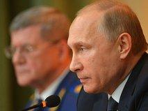 Президент России Владимир Путин и генеральный прокурор России Юрий Чайка