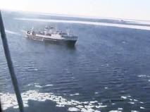 """Поисково-спасательной операции в районе крушения траулера """"Дальний Восток"""" в Охотском море"""