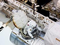 Выход американских астронавтов в открытый космос