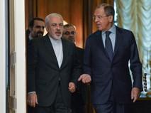 Министр иностранных дел РФ Сергей Лавров (справа) во время встречи с министром иностранных дел Ирана Мохаммадом Джавадом Зарифом
