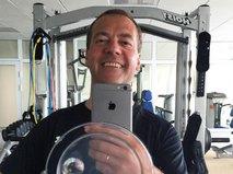 Селфи Дмитрия Медведева из спортзала