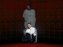 """Евгений Миронов в спектакле """"Гамлет. Коллаж"""""""