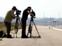 Пресса снимает взлёт истребителя Су-25 авиационной группировки ВКС России