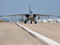Истребитель Су-25 авиационной группировки ВКС России