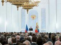 Президент России Владимир Путин во время оглашения ежегодного послания президента Российской Федерации Федеральному Собранию в Георгиевском зале Кремля