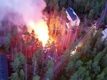 Горящий центр для беженцев в Финляндии