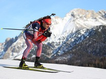 Биатлонист Евгений Гараничев на дистанции