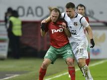 """Игрок ФК """"Локомотив"""" Виталий Денисов"""