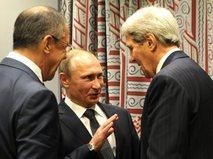 Сергей Лавров, Владимир Путин и Джон Керри (слева направо)