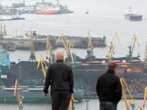 Торговый порт в Мурманске