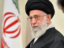 Духовный лидер Ирана Аятола Хаменеи