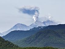 Извержение вулкана Жупановский в 2014 году