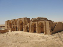 Древние развалены в Мосуле