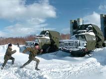 Тренировка на стартовой позиции зенитно-ракетного дивизиона