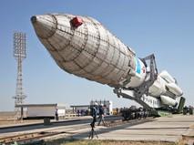 """Ракета-носитель """"Протон-М"""" на космодроме """"Байконур"""""""