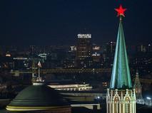 Вид на Никольскую башню