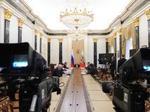 Президент России Владимир Путин проводит в Кремле заседание рабочей группы