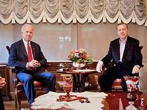 Президент Турции Реджеп Тайип Эрдоган и вице-президент США Джо Байден