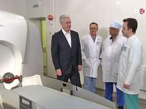 Сергей Собянин в научно-исследовательском институте