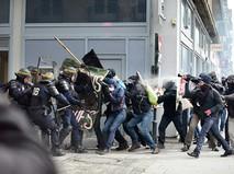 Уличные столкновения с французской полицией