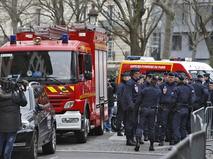 Пожарные и полиция на месте происшествия во Франции