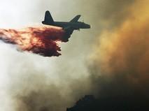 Тушение лесных пожаров в Канаде