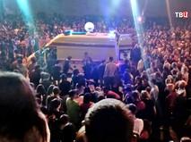 Последствия взрыва салюта в толпе людей в Дзержинске