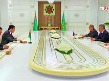 Глава Минобороны России Сергей Шойгу и президент республики Туркмения Гурбангулы Бердымухамедов