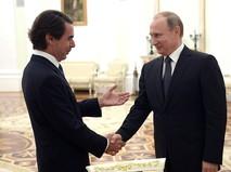 Президент России Владимир Путин и премьер-министр Испании Хосе Мария Аснар