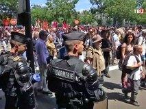 Полиция Франции следит за порядком на митинге