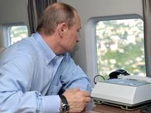 Президент России Владимир Путин на борту вертолета