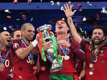 Победа Португалии и слезы Роналду