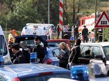 Скорая помощь и полиция на месте происшествия
