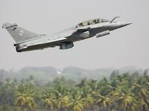 Военный самолет в Индии
