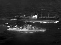 Советский сухогруз и американский эсминец в кубинских водах. 1962 год