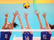 Игроки сборной России по волейболу Наталья Гончарова, Ирина Фетисова и Татьяна Кошелева на XXXI летних Олимпийских играх