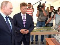 Президент России Владимир Путин и министр транспорта Максим Соколов