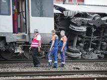 Поезд сошел с рельс во Франции