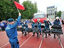 Чемпионат Москвы по боевому развертыванию среди спасателей МЧС
