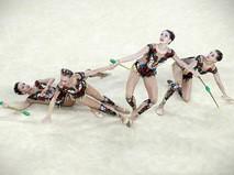Российские спортсмены соревнуются в групповом выступлении по художественной гимнастике