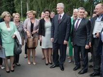 Мэр Москвы Сергей Собянин во время общения с педагогами