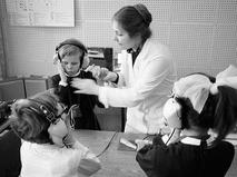 Глухие и слепоглухие люди