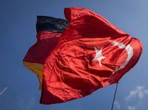 Флаг Германии и Турции