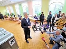 Сергей Собянин дает интервью журналистам