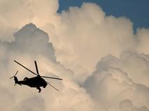 Вертолет в небе